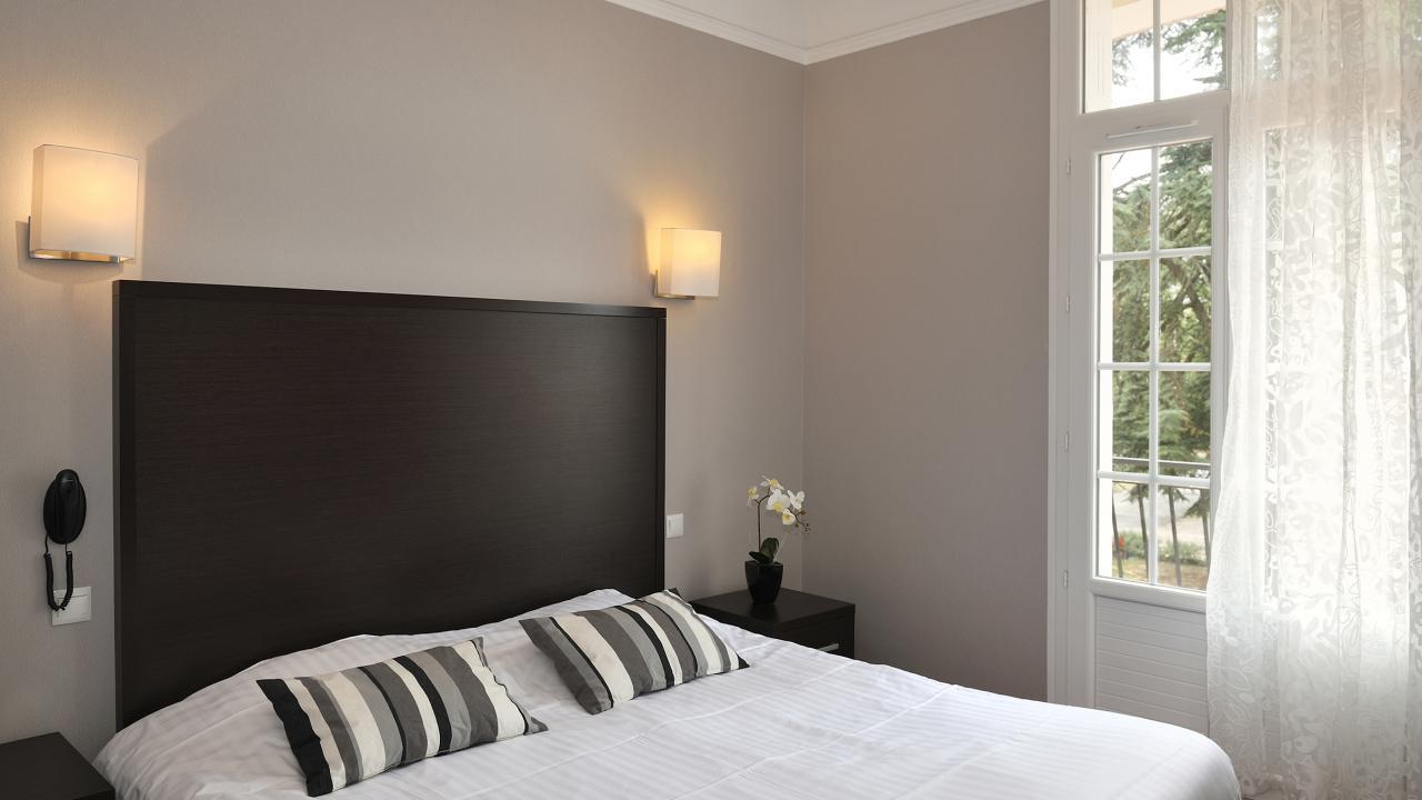 Hu00f4tel de charme de 26 chambres proche Orlu00e9ans, bourges, ru00e9gion du ...