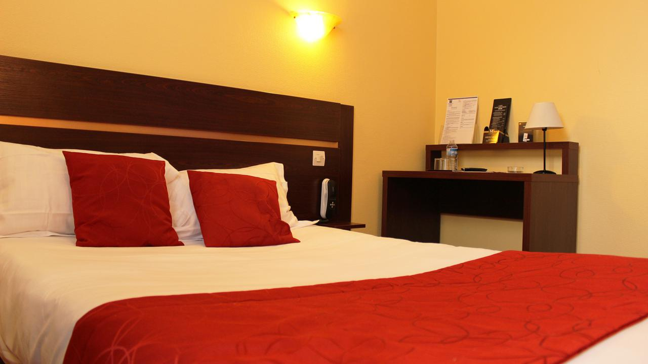 Chambres Comfort Hotel Cathedrale Lisieux Normandie